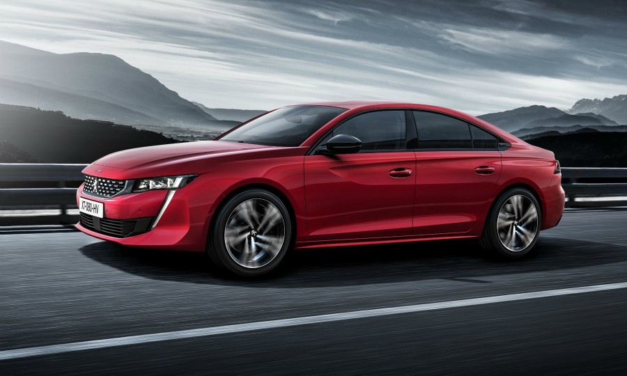 Peugeot aims sleek 508 at SUV buyers %>